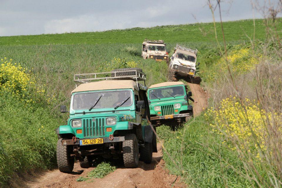 בשדות הגליל התחתון בדרך לנחל תבור